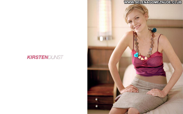 Kirsten Dunst No Source Beautiful Babe Celebrity Posing Hot Sexy