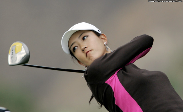 Michelle Wie No Source Celebrity Posing Hot Babe Asian Beautiful