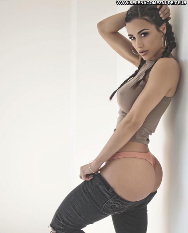 Ana Cheri No Source Big Ass Celebrity Ass Trainer Babe Stunning Train