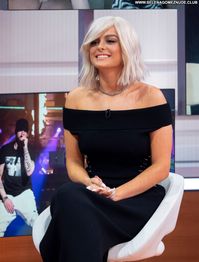 Bebe Rexha No Source  Posing Hot Babe Beautiful Sexy Celebrity