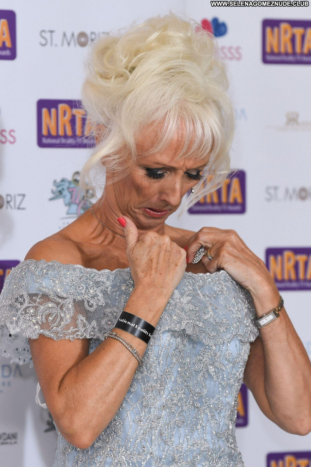 Debbie Mcgee No Source Babe Sexy Beautiful Posing Hot Celebrity