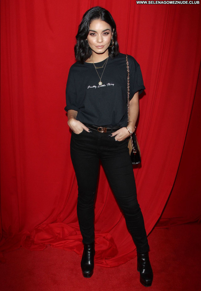 Vanessa Hudgens No Source Sexy Beautiful Posing Hot Celebrity Babe