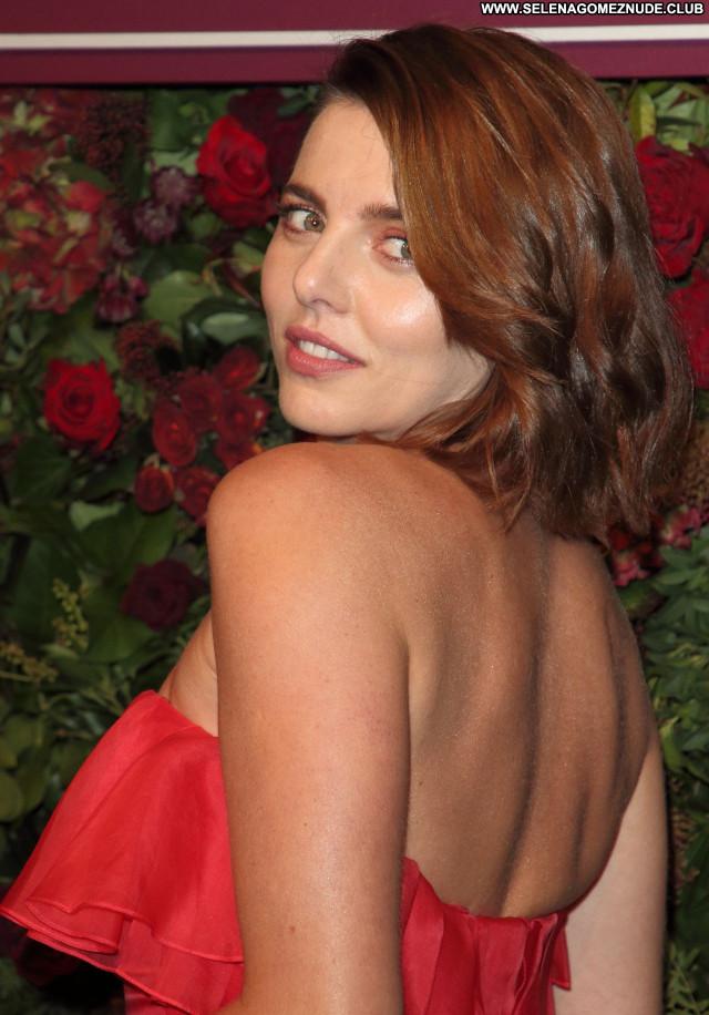 Ophelia Lovibond No Source Celebrity Sexy Beautiful Babe Posing Hot