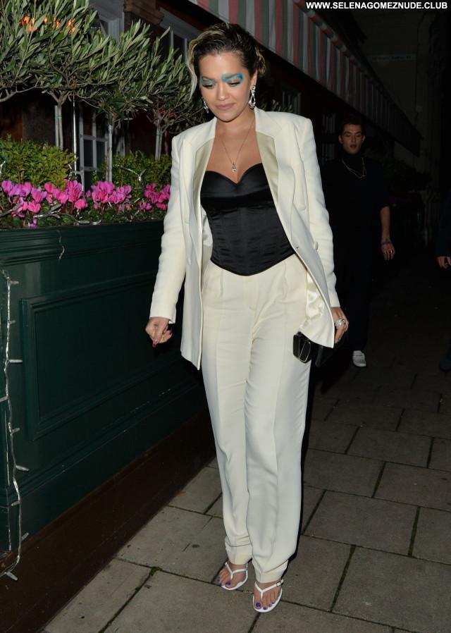 Rita Ora No Source Beautiful Babe Sexy Posing Hot Celebrity