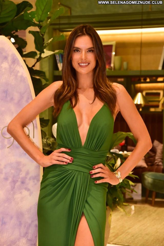 Alessandra Ambrosio No Source Posing Hot Brazil Bra Hot Beautiful
