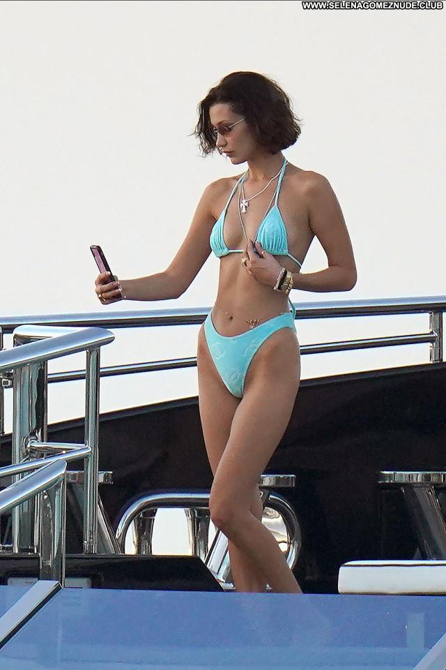 Ella Hadid No Source Sexy Celebrity Posing Hot Babe Beautiful
