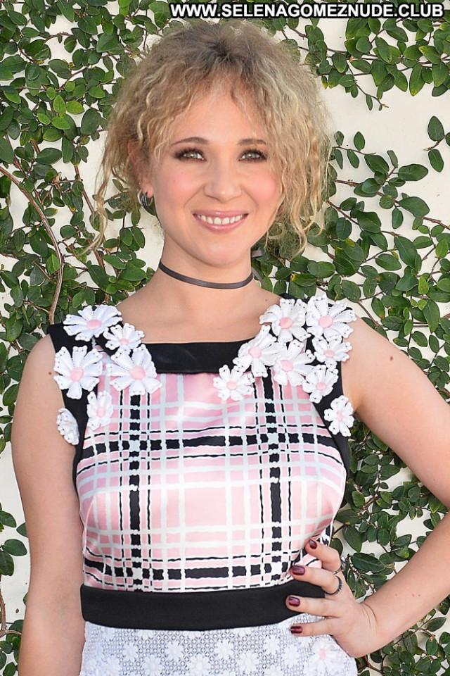 Juno Temple Vanity Fair Beautiful Celebrity Angel Los Angeles Posing