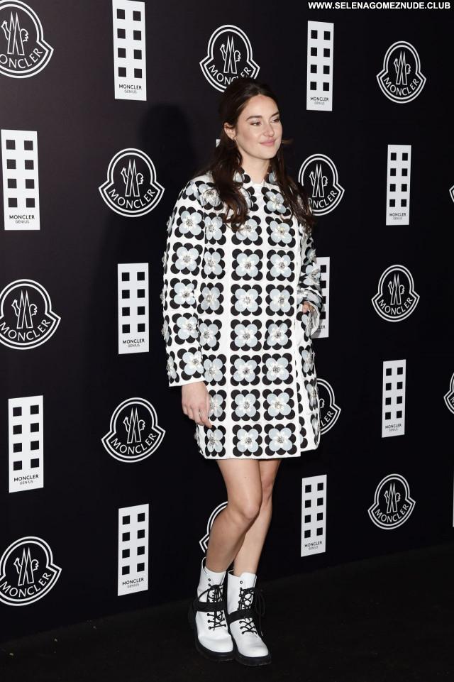 Shailene Woodley No Source Beautiful Babe Sexy Celebrity Posing Hot