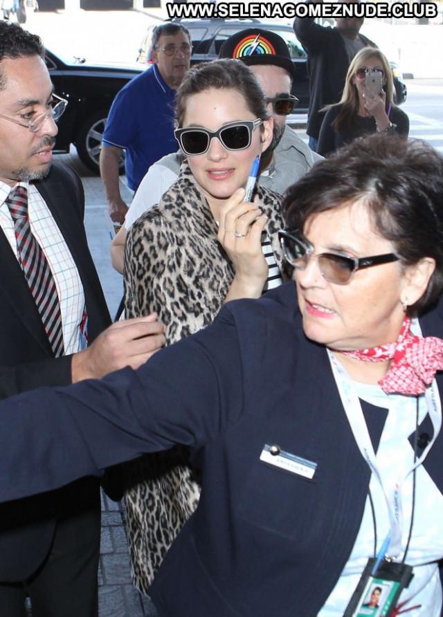 Marion Cotillard Lax Airport Los Angeles Celebrity Beautiful Lax