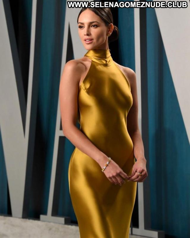 Dita Von Harpers Bazaar Celebrity Beautiful Paparazzi Babe Posing Hot