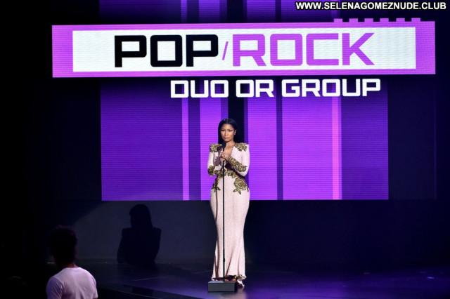 Nicki Minaj American Music Awards American Angel Awards Celebrity