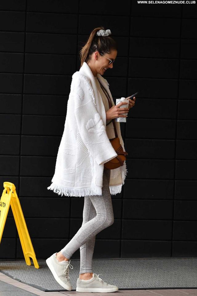 Alessandra Ambrosio No Source Paparazzi Beautiful Celebrity Babe