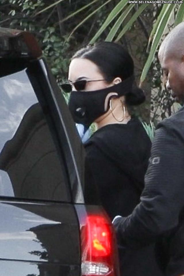 Demi Lovato Los Angeles  Paparazzi Celebrity Posing Hot Babe Beautiful