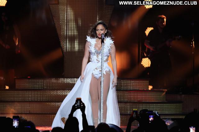 Jennifer Lopez No Source Latina Babe Beautiful Paparazzi Latin Posing