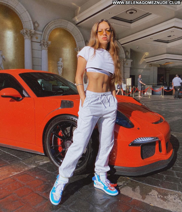 Inanna Sarkis No Source Paparazzi Posing Hot Babe Celebrity Beautiful