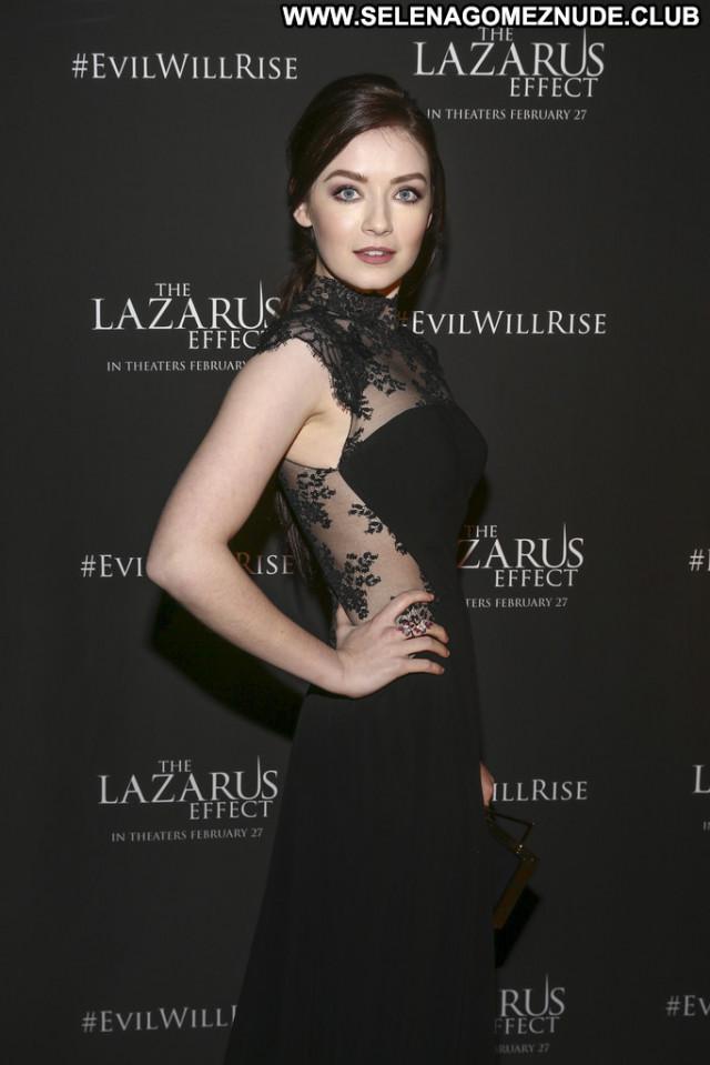 Sarah Bolger The Lazarus Effect Beautiful Celebrity Posing Hot