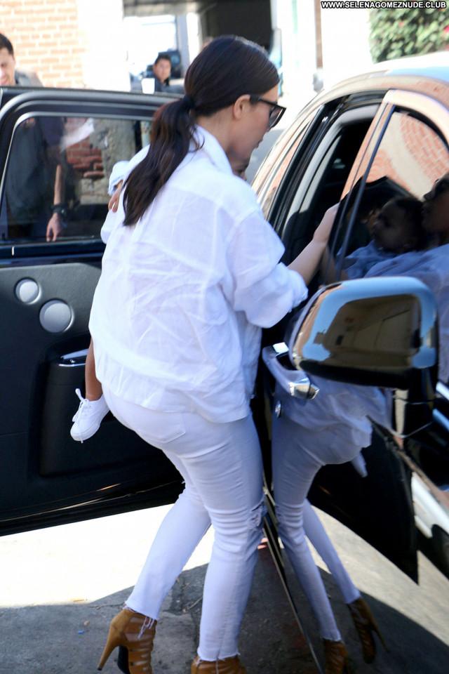 Kim Kardashian Beverly Hills Celebrity Babe Paparazzi Posing Hot