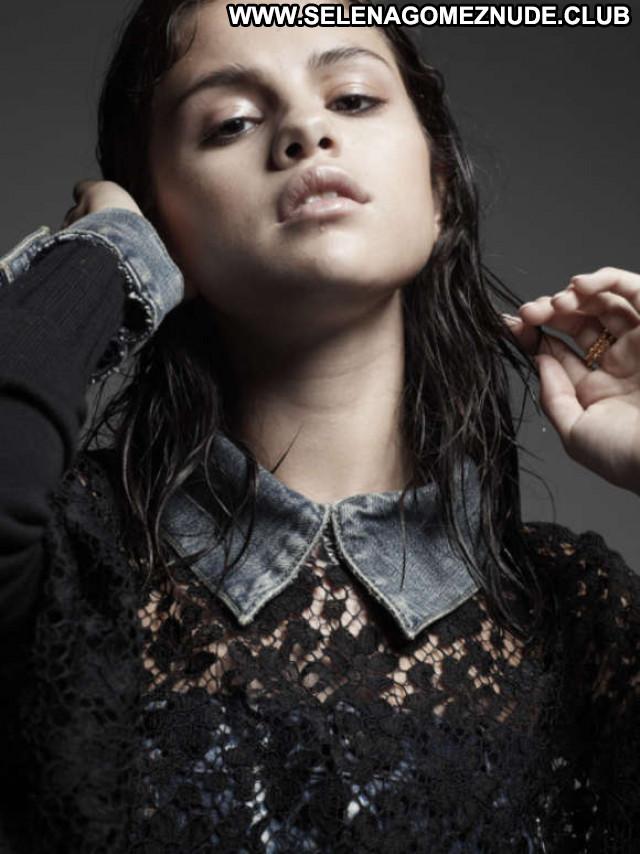 Selena Gomez W Magazine Babe Posing Hot Paparazzi Celebrity Magazine