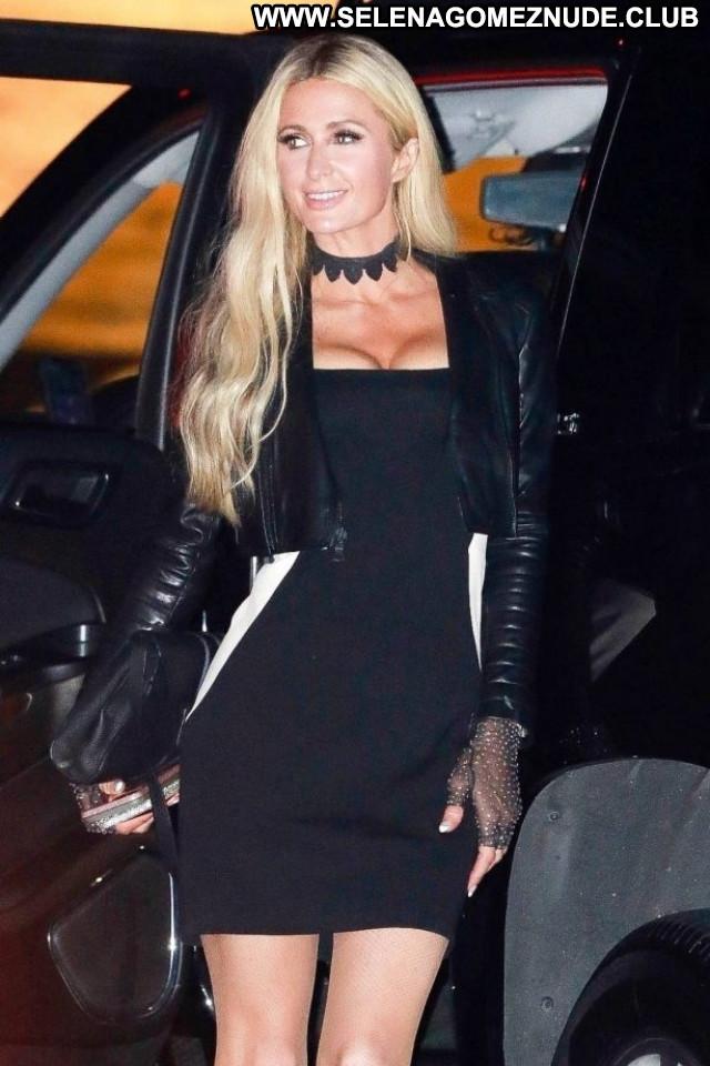 Rita Ora Beverly Hills Beautiful Shopping Celebrity Friends Posing