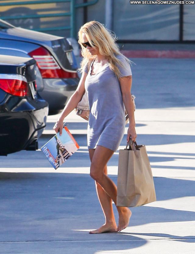 Pamela Anderson Babe Celebrity Posing Hot Beautiful Cute Doll