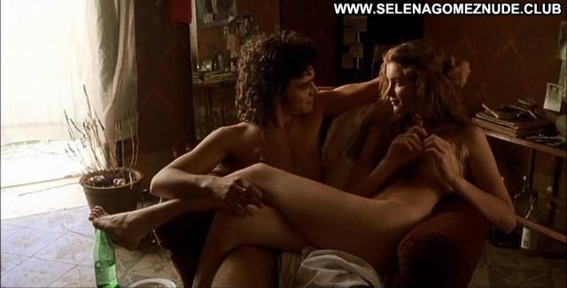 Vittoria Puccin No Source Babe Beautiful Posing Hot Celebrity Nude