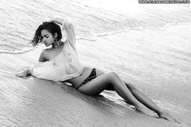 Cenit Nadir Ray Kay Beautiful Babe Posing Hot Glamour Celebrity