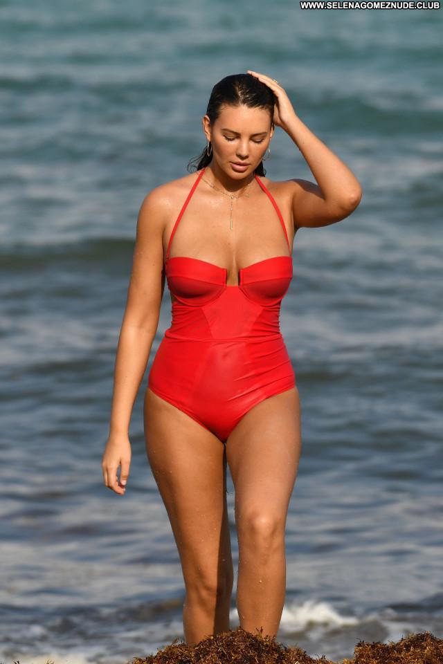 Zita Vass No Source Babe Posing Hot Beautiful Celebrity Swimsuit