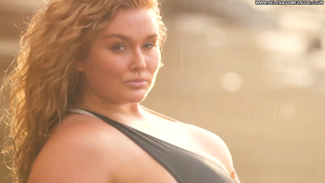 Hunter Mcgrady No Source Beautiful Posing Hot Celebrity Babe Swimsuit