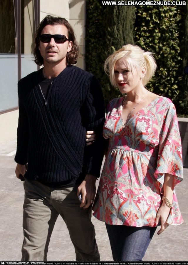 Gwen Stefani No Source Posing Hot British Lovers Solo Public Fashion