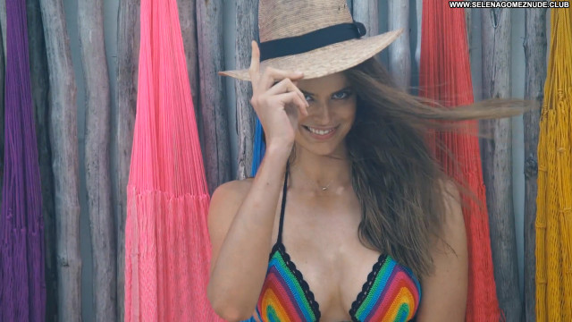Robyn Lawley No Source Swimsuit Posing Hot Beautiful Babe Celebrity