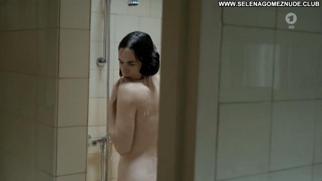 Nude tatort Nudity in